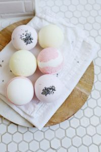 how to make bath bombs harder